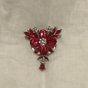Jewelry - Set of 3 Silver Broaches